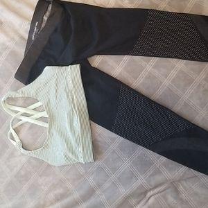 Lululemon sports bra and oxygen yoga crops